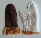 Sheepskin mittens, the inside