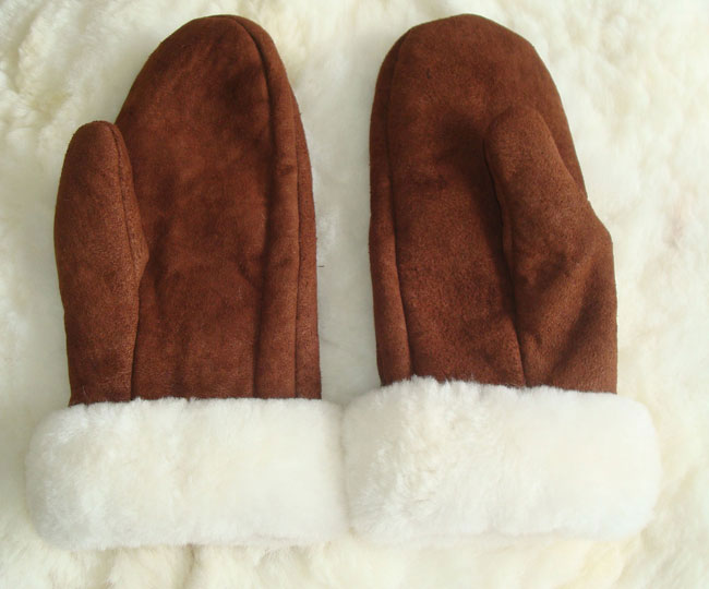 001-21-1003-02 Classic sheepskin mittens with alpaca cuff, Brown / white