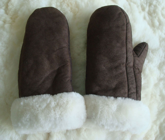 001-21-1003-03 Classic sheepskin mittens with alpaca cuff, dark Brown / white