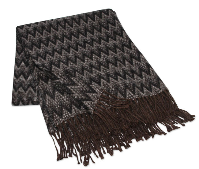 010-01-2011_10 Alpaca blended throws Augostino collection