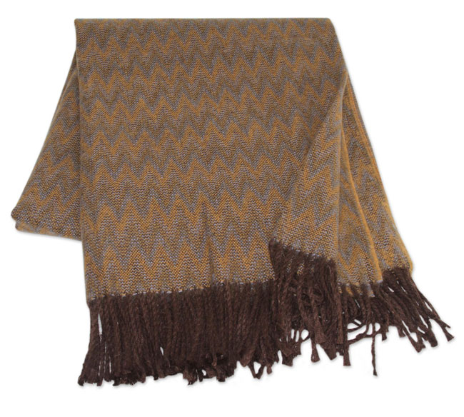 010-01-2011_13 Alpaca blended throws Augostino collection