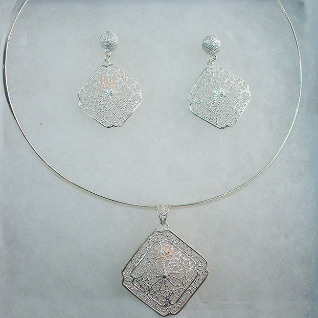 Jewelry, filigrana, necklace and earrings