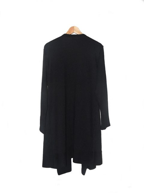 Long cardigan black in alpaca Fine Loose knit cardigan in a soft alpaca wool with rib cuffs