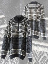 Men's sweater pattern in gray, high collar and 1/3 hidden zipper at the front in soft baby alpaca.