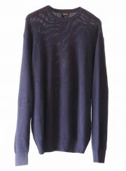 Menswear, plain blue sweater in baby alpaca collar with neck and sleeves in pima cotton.