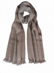 PFL knitwear Scarf with herringbone pattern, baby alpaca with fringes.