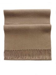 PFL knitwear scarf baby alpaca, solid color camel with twisted fringes.