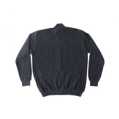 PFL Knitwear Men's cardigan / sweater with full zip long sleeves and side pockets. in a dark gray with a little green mixture. classic fit