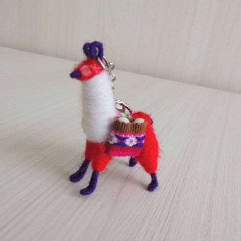 100 Mini Llama keychains handmade in Peru pack of 100 pieces